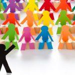 Las ideas para realizar publicidad, las perspectivas de los simple vs excéntrico