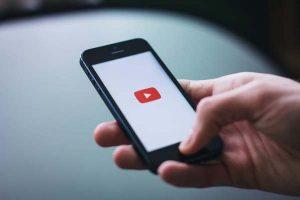Las transmisiones en vivo de YouTube tendrán subtítulos