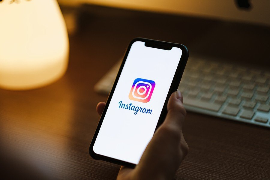 Jefe de Instagram compara el daño que hacen las redes sociales con accident de autos y le llueven críticas